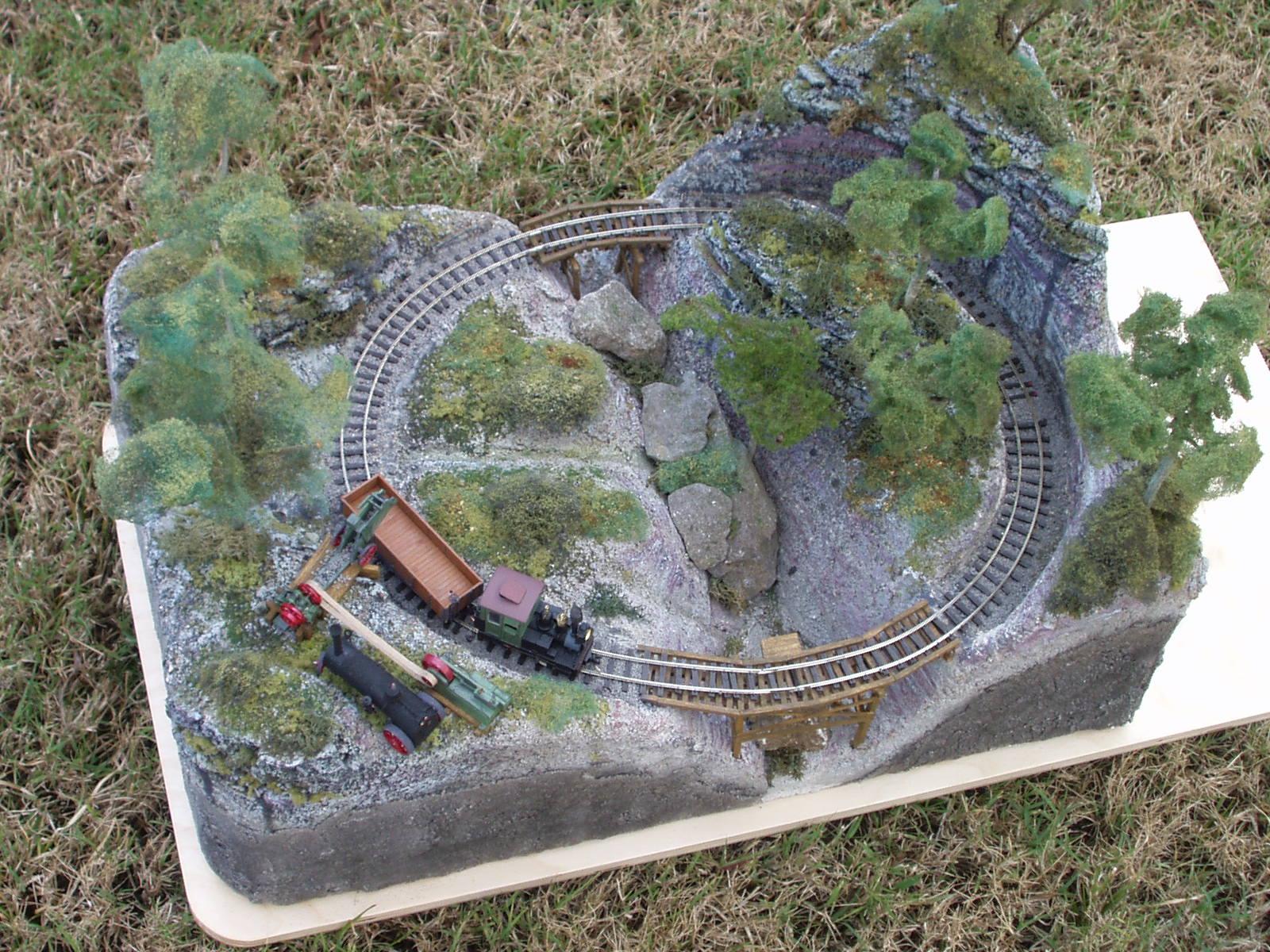 Bens Train Hobby: Micro model train layouts